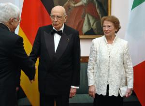 Joachim-Gauck-Schloss-Bellevue-Abend-mit-Giorgio-Napolitano-Clio-Maria-Bittoni-Daniela-Schadt-7