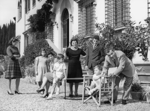 Mr. and Mrs. Ferragamo with all the children. From left: Ms.Giovanna, Ms. Fulvia, Ms. Fiamma, Mr. Leonardo, Mrs. Ferragamo, Mr. Ferruccio, Mr. Massimo and Mr. Salvatore Ferragamo.