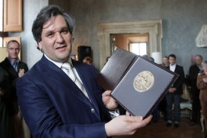 Maestro Antonio Pappano Villa Medici Medal of Honor