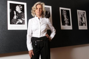 Marina Cicogna at her photography exhibition in Villa Medici.