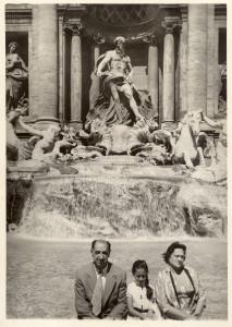 Zaha Hadid with her parents at Trevi Fountain, Rome, Italy. Zaha Hadid Archive.