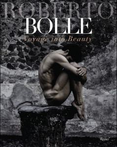 """Viaggio nella Bellezza"" is available from 2 April, 2015 in Italian, and will be published in English as ""Voyage into Beauty"" from 2 June."