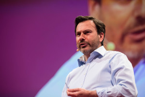 Simon Anholt at TEDSalon Berlin, 23 June 2014. Berlin, Germany. Photo: James Duncan Davidson / TED