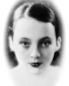 marguerite-duras-1930-des-images-qui-nous-parlent-d-elle,M145494