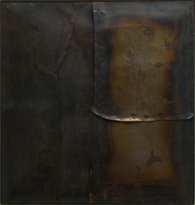 Alberto Burri Grande ferro M 4 (Large Iron M 4), 1959 Welded iron sheet metal and tacks on wood framework, 199.8 x 189.9 cm Solomon R. Guggenheim Museum, New York 60.1572 © Fondazione Palazzo Albizzini Collezione Burri, Città di Castello/2015 Artist Rights Society (ARS), New York/SIAE, Rome Photo: Kristopher McKay © Solomon R. Guggenheim Foundation, New York