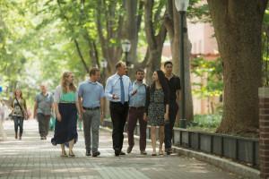 Dr Garrett walks and debates with students
