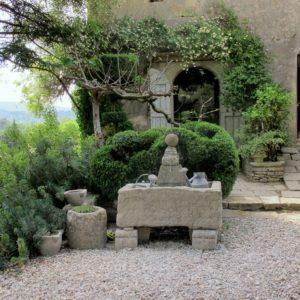 La Louve, Bonnieux, Provence, designed by Nicole de Vesian. TENQUIST TOURS. Photograph and copyright Debby Tenquist