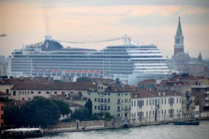 Huge cruise ship in Venice