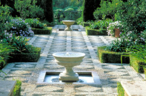 a-garden-in-marbella-andrew-lawson-103-316-19-12